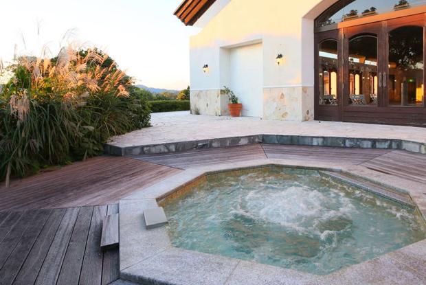 インドア温水プール